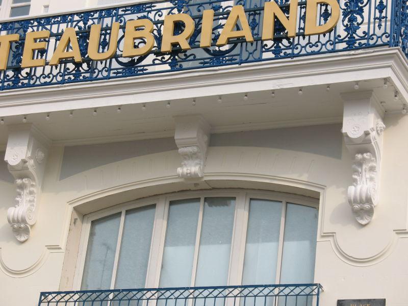 Pierre blanche Hôtel Chateaubriand